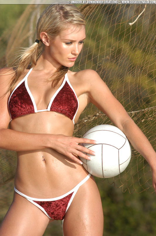 nicky whelan freeones